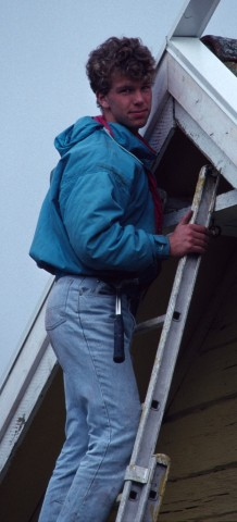 91/92 - Mattias bygger på nocken